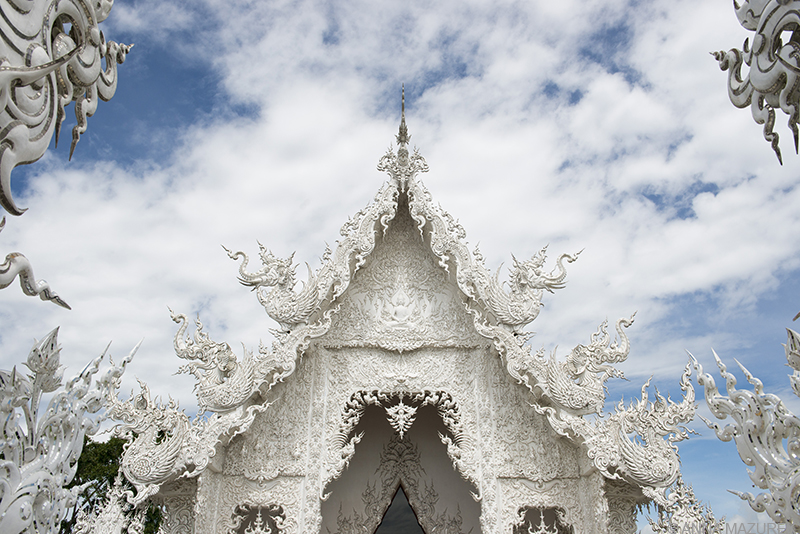 Photo Guide to Thailand: Chiang Rai's White Temple