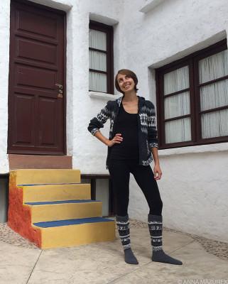 Mazurek_llama_sweaters